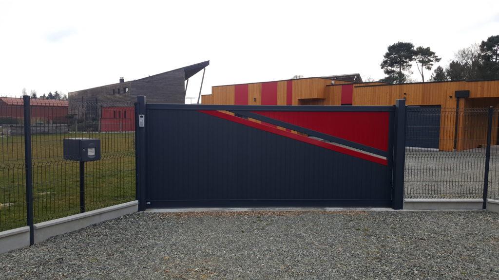 Portail aluminium contemporain Appiano